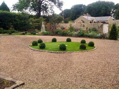 Gravel Drive, Centre Bed and Borders
